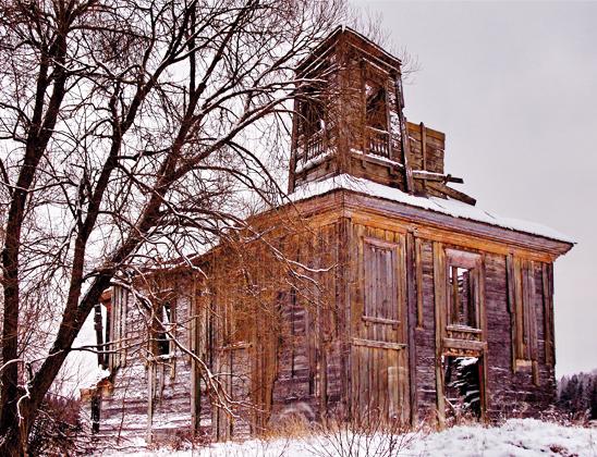 Руины костела.